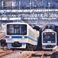 写真: 複々線区間の魅力。。並走して走る電車(^^) 20180304
