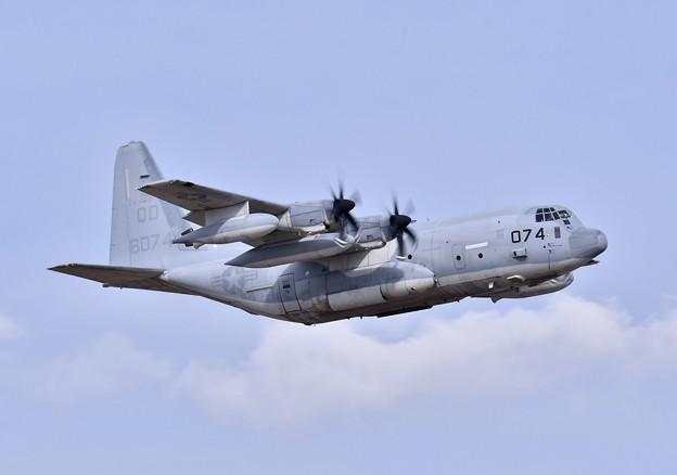 ある日の厚木基地。。岩国基地へ帰投KC130 ランウェイ19上がり(1) 20180318