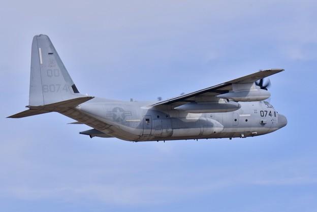 ある日の厚木基地。。岩国基地へ帰投KC130 ランウェイ19上がり(2) 20180318