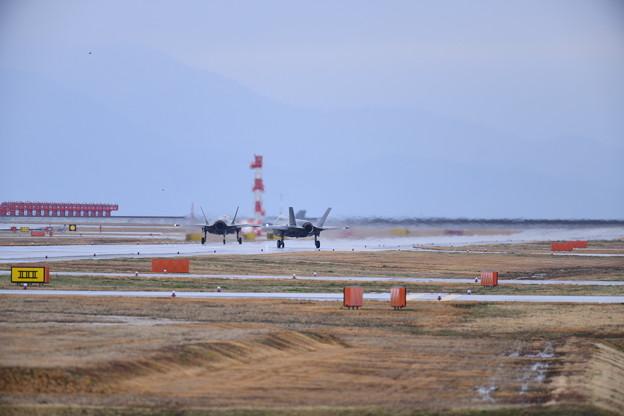 雨降りの岩国基地。。F35Bライトニング朝のローカルへ 20180321