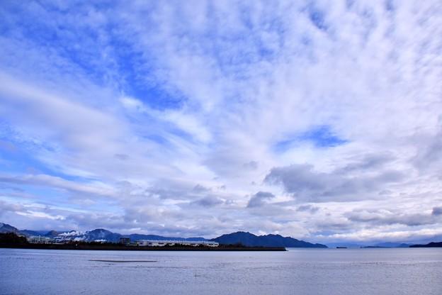 写真: 岩国遠征2日目雨上がりの朝の岩国。。(2) 20180322