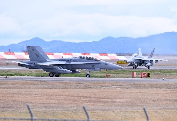 岩国基地。。米海兵隊F/A18DホーネットVMFA533ホークスED05 帰投 20180322