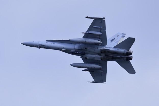 岩国基地。。米海兵隊F/A18DホーネットVMFA533ホークスED10上がり 20180322