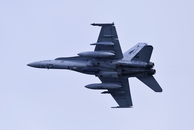 岩国基地。。米海兵隊F/A18DホーネットVMFA533ホークスED12上がり 20180322