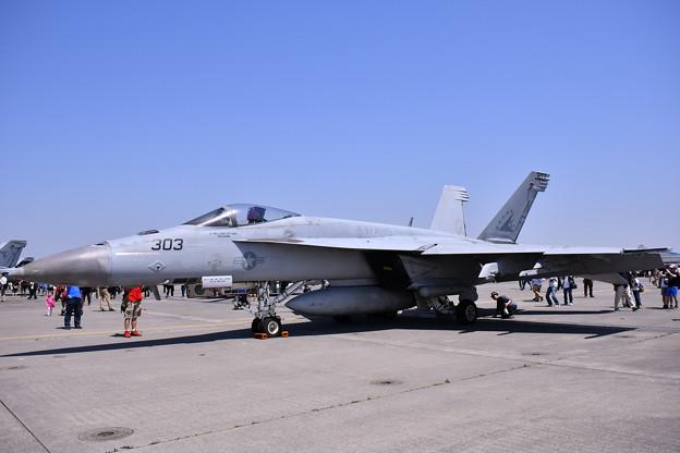 厚木基地開放。。米海軍艦載機 NF303タロン 20180421