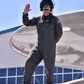 写真: 厚木基地開放。。お髭が可愛いらしいタイガーテイルズのパイロットさん 20180421