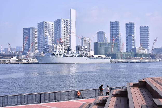 撮って出し。。東京晴海に来たイギリス海軍ドック型輸送揚陸艦アルビオン 8月5日
