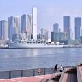 写真: 撮って出し。。東京晴海に来たイギリス海軍ドック型輸送揚陸艦アルビオン 8月5日