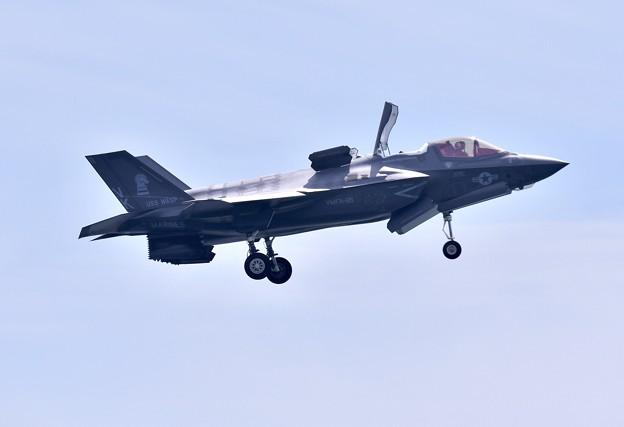 岩国基地。。機動飛行の最後はF35Bの垂直離発着VTOL (2) 20180503