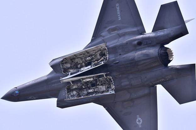 米海兵隊ステルス戦闘機F35B デモ飛行(2) 20180505