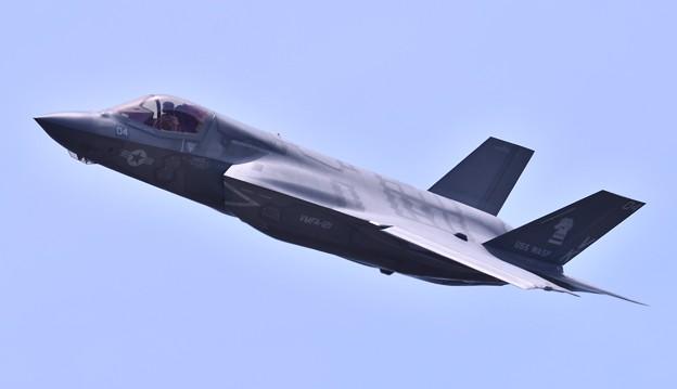 米海兵隊ステルス戦闘機F35B デモ飛行(3) 20180505