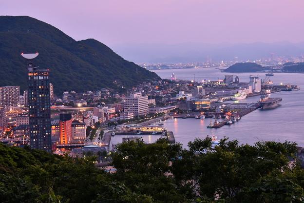Photos: めかり公園から見る門司港風景。。夕暮れ 20180602