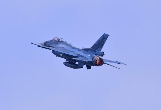 いつか防府基地からF2乗り。。築城基地のF2 ハチスコ華麗な機動飛行 (2)