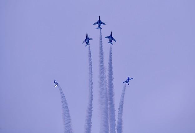 防府基地航空祭 ブルーインパルス 空中開花