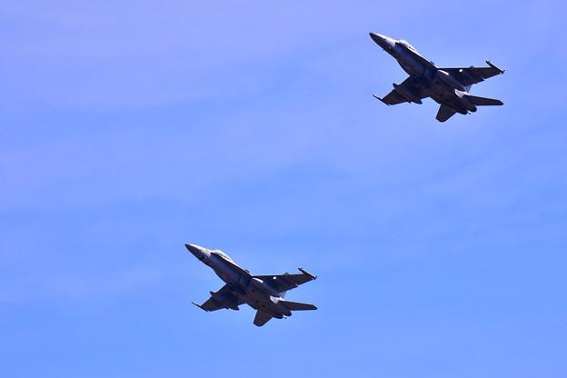撮って出し。。横田基地 まさかローカルで飛んだVMFA225 バイキングスホーネット上がり 11月17日
