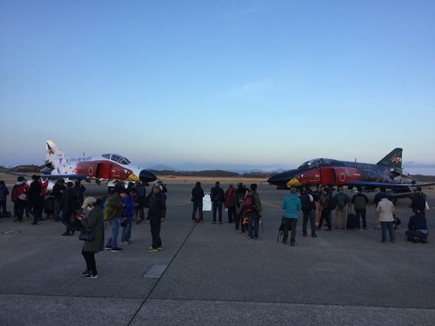 撮って出し。。百里基地航空祭特別公開ラスト第302飛行隊ファントム2機の白黒スペマ機 12月1日