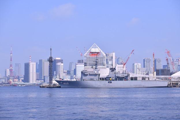 東京タワーと海自掃海母艦うらが アルビオンのホストシップ 20180805