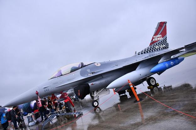 雨だった横田基地FSD 目玉だった在韓米軍オーサン基地のスペマ機F16 20180916