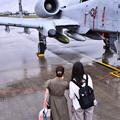 雨だった横田基地FSD 在韓米軍オーサンのA10見る女子(^O^) 20180916