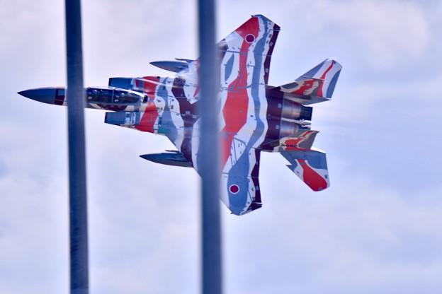 新色の飛行教導群アグレッサー 機動飛行(3) スゲー低く