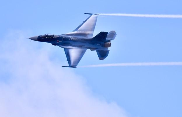 岐阜のF2 機動飛行(1) ベイパー出し