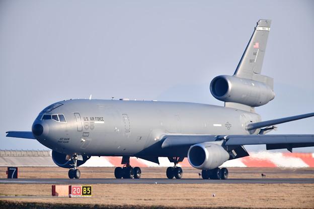 撮って出し。。岩国へ夕方 空中給油機KC-10エクステンダー飛来(3) 20190224