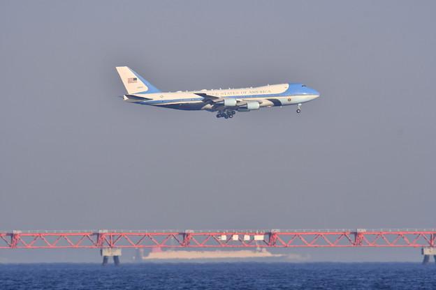 撮って出し 令和元年初の国賓で来日トランプ大統領専用エアフォースワン(1)