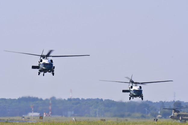 撮って出し。。厚木基地よりトランプ大統領乗せる専用ヘリコプターマリーンワン(2)