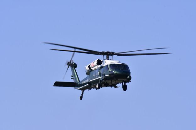 撮って出し。。厚木基地よりトランプ大統領乗せる専用ヘリコプターマリーンワン(3)