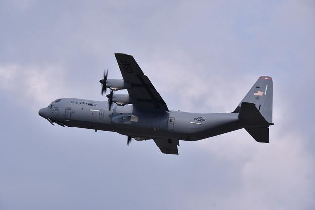 ある日の横田基地 C-130Jハーキュリーズ  ランウェイ36 テイクオフ 20190421