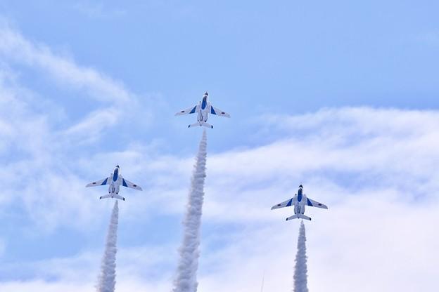 Photos: 8月の撮って出し。。松島基地の空で展示飛行 ブルーインパルス(2) 20190825