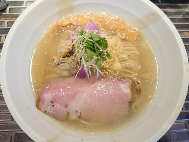 180522 Noodle Kitchen GUNNERS@川崎市中原区~「限定★蛤と鯛兜の酒蒸しそば(塩)」