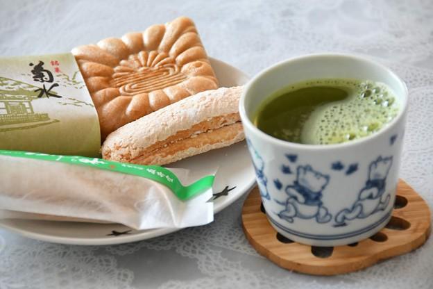 2019.05.17(金)おやつ(和菓子、麦茶)。