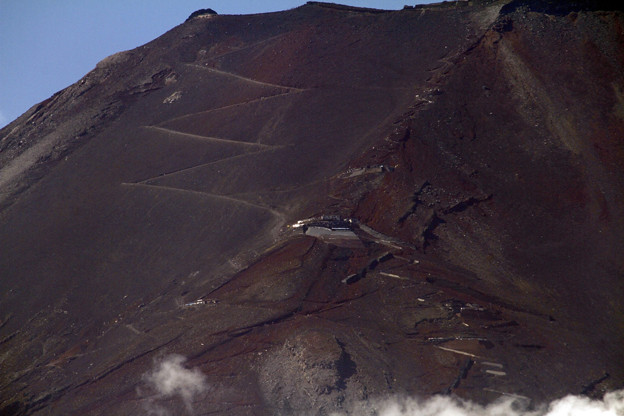 夏富士の山肌