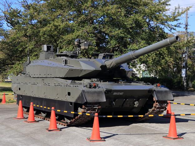 20181006陸上装備研究所一般公開_10式戦車_0002