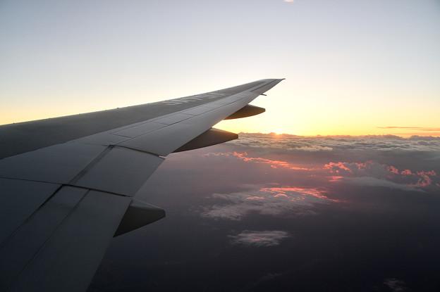 機窓からの夕陽