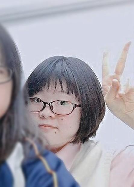 肩からひょっこり♪長田未奈