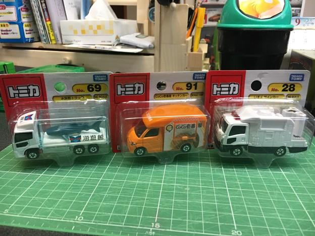 トミカ3台888円セール01