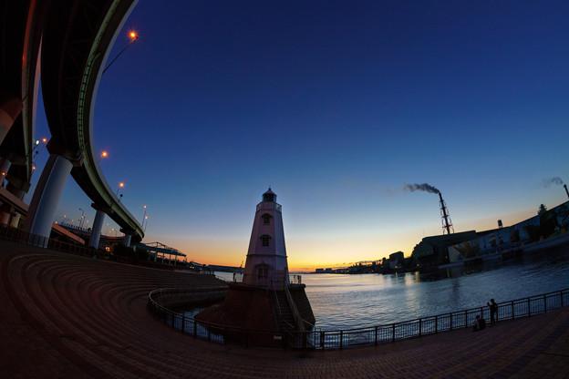 写真: 堺燈台-09149