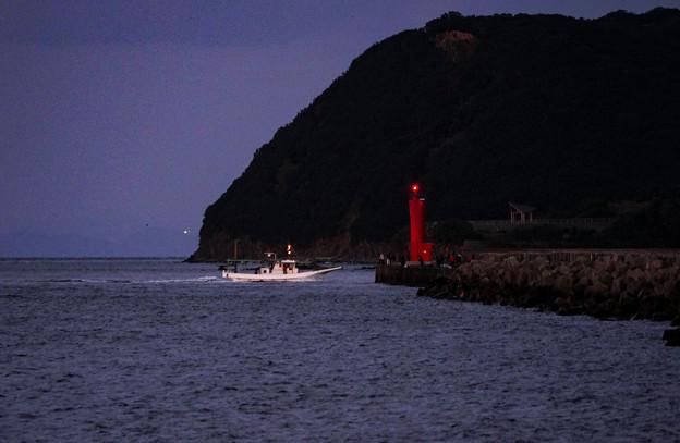 加太港赤灯台DSC03892_ed