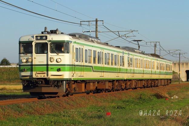 えちごトキめき鉄道線内を走る115系