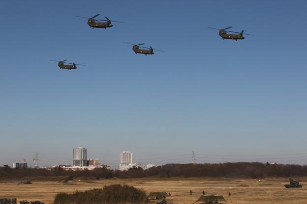降下訓練始め33 CH-47
