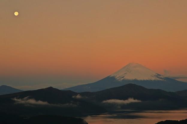 夜明け前・・・Mt.FUJI