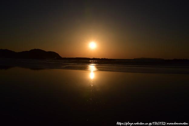 0018 砂浜も輝く