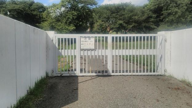 【文化放送送信所へ!その7】これが門の正面