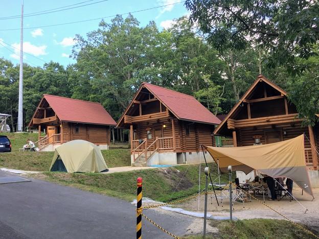 のとろ原キャンプ場のログハウス