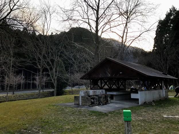 三国山公園鳥羽キャンプ場 炊事棟
