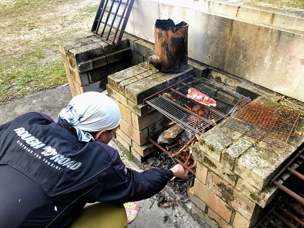 Photos: 豚ロースの焚火焼き