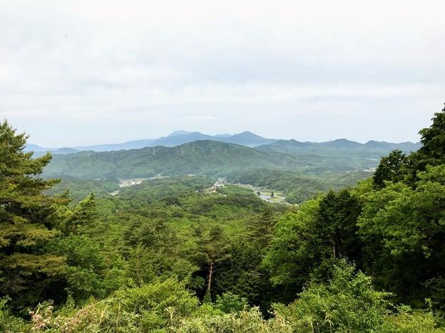 林道美作北2号線から眺める大山