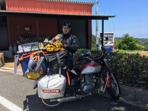沖縄から日本一周中のkakipiさん